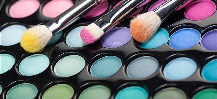 Tips To Consider When Selecting A Bridal Makeup Expert